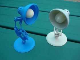 小台灯灯泡模型